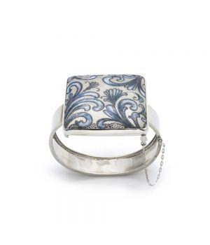 Bracelet, fig. 1