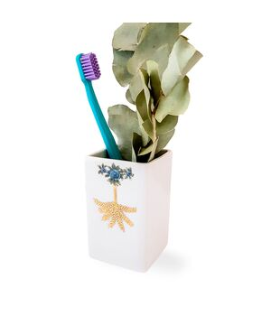Porcelain Toothbrush Holder, fig. 1