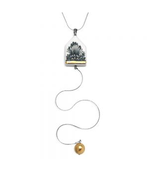 Duo House Necklace, fig. 1